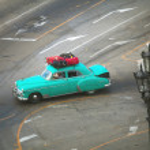 HAVANA, CUBA - JUNE 26: Vintage cars on the streets of Havana — Stock Photo