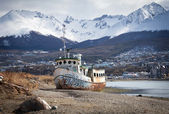 Ship wreck near Ushuaia, Tierra del Fuego — Stock Photo