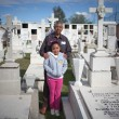 Постер, плакат: AGUASCALIENTES MEXICO NOV 02: Unknown people on a cemetery in