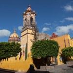 The historic Mexican city of San Miguel de Allende — Stock Photo