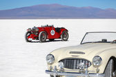 SALINAS GRANDES, ARGENTINA - MAY 04: Retro cars participating in — Stock Photo