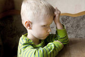 Bambino offeso e infelice — Foto Stock