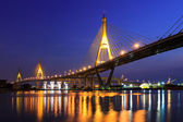 Large bridge over Chao Phraya river at twillight — Stock Photo