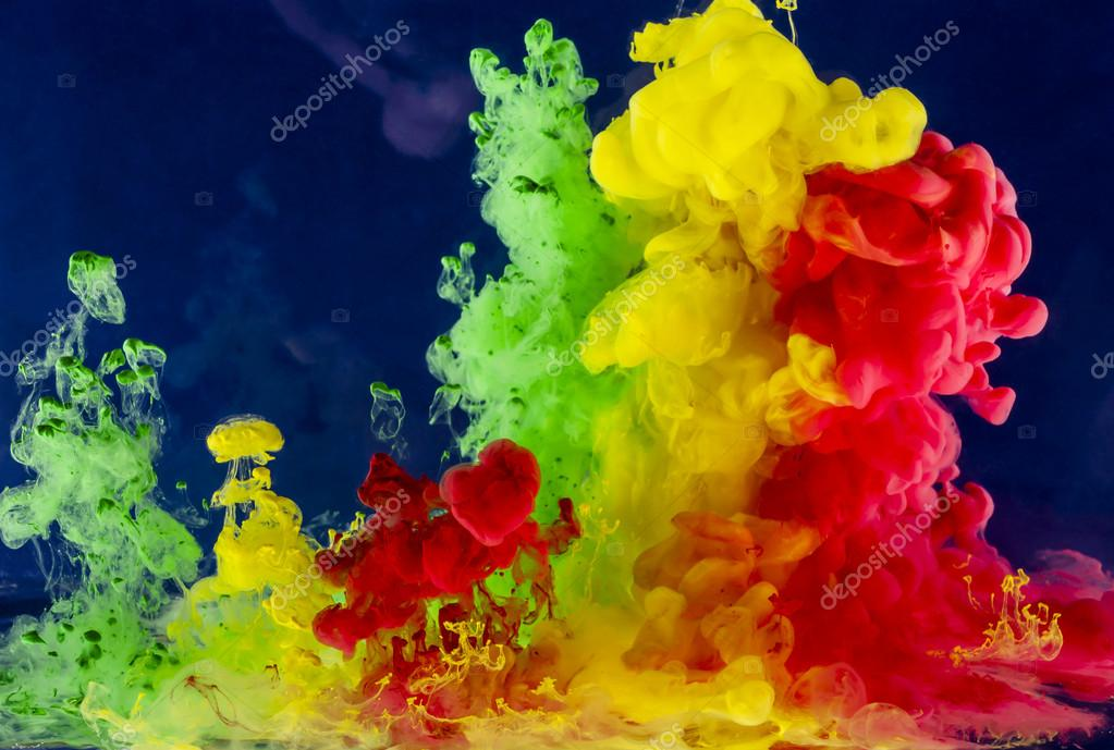 Abstraction from the movement of non-ferrous liquid drops — Stock Photo #19126651
