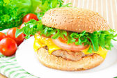 Traditional american homemade cheeseburger — Stock Photo