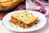 Homemade lasagna with Bolognese meat sauce Bechamel, serving del — Stock Photo