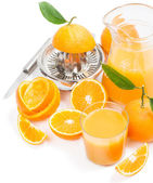 Pomarańcze i sok pomarańczowy — Zdjęcie stockowe