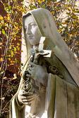 статуя святой терезы — Стоковое фото