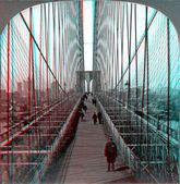 Brooklyn Bridge walkway with Police officer. — Stock Photo
