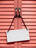 Cartello di informazioni su una porta. — Foto Stock