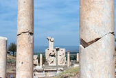 A pair of fractured columns, Efes. — Stock Photo