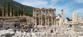 Panoramic view of Library of Celsus in Ephesus, Selcuk, Turkey. — Stock Photo