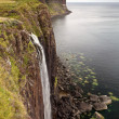 Kilt rock waterfall, Isle Of Skye, Scotland, UK — Stock Photo