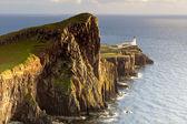 Vuurtoren op neist aanwijst, isle of skye, scotland, verenigd koninkrijk — Stockfoto