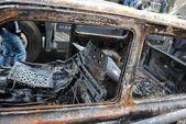 燃え尽きた都市車 — ストック写真
