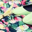 Green shoes and belt on the dress — Stock Photo #22260215
