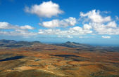 Landscape of dry island of fuerteventura — Stock Photo