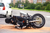 Accident de moto sur la rue de la ville — Photo