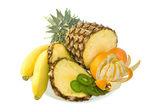 Grupo de frutas frescas — Fotografia Stock