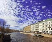 Barragem do rio fontanka em são petersburgo — Fotografia Stock