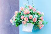 プラスチック製の花 — ストック写真