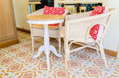 Chaises et table vintage — Photo
