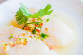 Steamed fish with lemon — Stock Photo