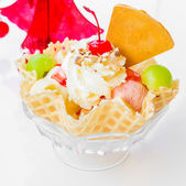 Waffle icecream and cherry — Stockfoto
