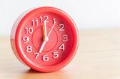 Kırmızı saat — Stok fotoğraf