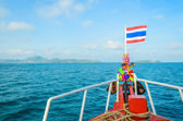 Тайский флаг на лодке — Стоковое фото