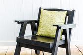 仿木椅子 — 图库照片