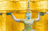 Giant statue in emerald temple bangkok thailand — Foto Stock