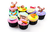 Easter cupcakes isolated white background — Stock Photo