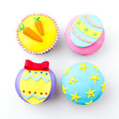Easter cupcakes isolated white background — 图库照片