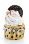 Cupcakes isolated on white background — Stock Photo
