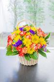 çiçek sepeti — Stok fotoğraf