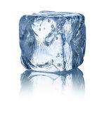 Cubo de hielo — Foto de Stock