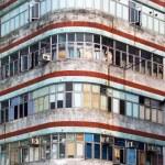 Corner Building in Hong kong — Stock Photo