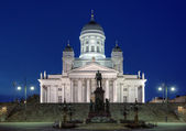 Helsinki cathedral and monument to Alexander II at evening — Stock Photo
