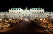Palace Belvedere with Christmas Market in Vienna — Stock Photo