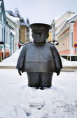 Sculpture of a policeman in Oulu, Finland — Stock Photo