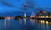 Evening view of the Media Harbor in Dusseldorf — Stock Photo