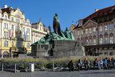 Jan Hus Memorial on Old Town Square in Prague — Stock Photo