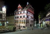 Night view of Albrecht Durer House in Nuremberg — Stock Photo