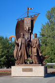 Monument to the saints Peter and Fevronia in Yekaterinburg — Stock Photo