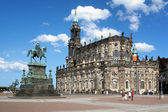 Catholic Church and Monument to King John in Dresden, Germany — Stock Photo