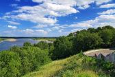 Riva alta del fiume Vjatka, a kirov, russia — Foto Stock