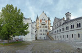 Courtyard view of Neuschwanstein Castle in Bavaria — Stock Photo