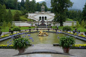 Fountain Flora and Cupids in the Linderhof castle in Bavaria — Stock Photo