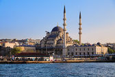 The Yeni Mosque in Istanbul — Stock Photo